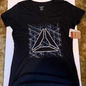NWT Reebok T Shirt - Small